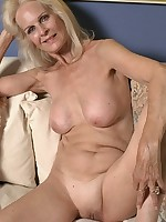 Sexy Old Ladies - Granny Swinger