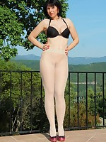 Transparent pantyhose and a black bra - Granny Classic